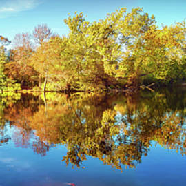 Brian Wallace - Lake Waterford In Fall - Pano