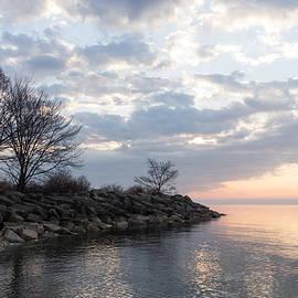 Georgia Mizuleva - Lakeside Peace and Tranquility