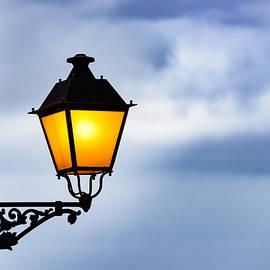 Oscar Gutierrez - Lantern