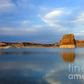 Mike Dawson - Last Light over Lake Powell