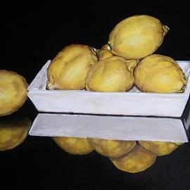 Afekwo - Lemons on a tray