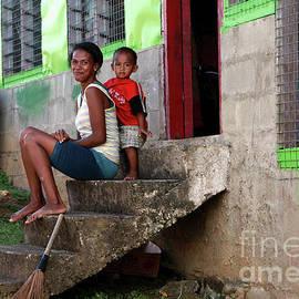 Jennifer Mecca - Life in Nagara Fiji