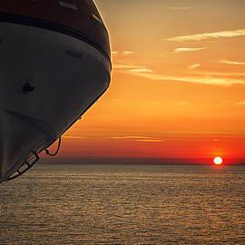 Mikey BiBi - Lifeboat Sunset Limited Edition