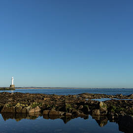 Georgia Mizuleva - Lighthouse