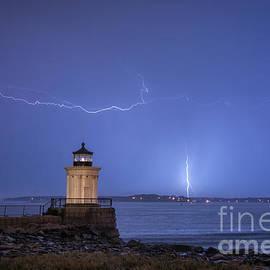 Scott Thorp - Lightning and the lighthouse