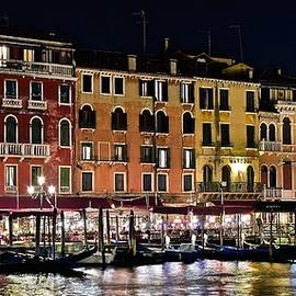 Frozen in Time Fine Art Photography - Lights of Venice