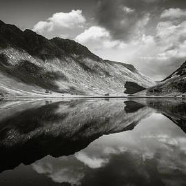 Dave Bowman - Loch Achtriochtan