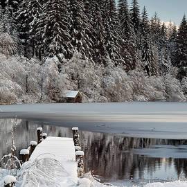 Grant Glendinning - Loch Ard Winter View