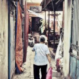 Toni Abdnour - Long Walk Home