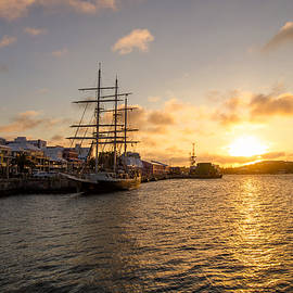 Jeff at JSJ Photography - Lord Nelson at Sunrise in Hamilton