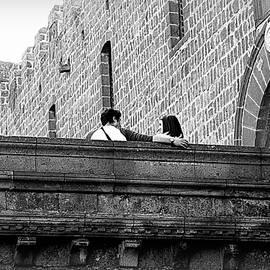 Valentino Visentini - Love on the Walls