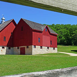 Dan Myers - Luther College Barn