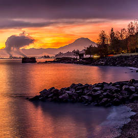 Rob Green - Magical Sunrise on Commencement Bay