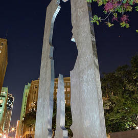 Greg Kopriva - Man With A Briefcase Sculpture, Ft. Worth, Texas