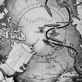 Map of the Arctic voyage of the airship LZ 127 Graf Zeppelin, 1931 - German School