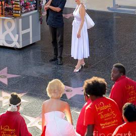 Jennie Breeze - Marilyn Monroe on Hollywood Boulevard