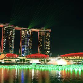 NadyaEugene Photography - Marina Bay Laser Show