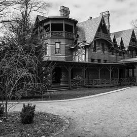 Karol Livote - Mark Twain Home