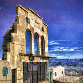 Teresa Zieba - Market Ruins in Jerome
