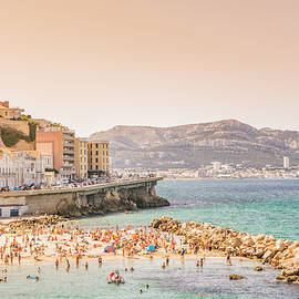 Vivienne Gucwa - Marseille - South of France - Beach