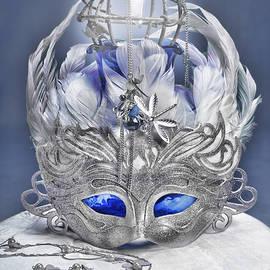Sharon Popek - Mask Still Life Blue