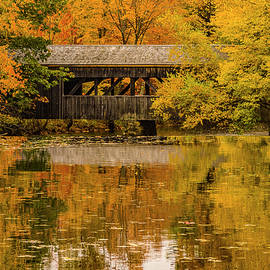 Jeff Folger - Massachusetts covered bridge