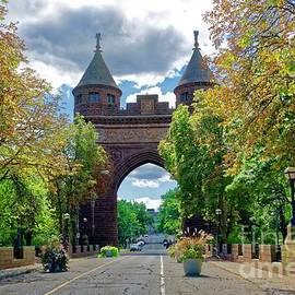 Jasmin Hrnjic - Memorial Arch