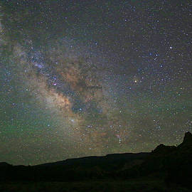 Donna Kennedy - Milky Way From Utah