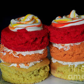 Tracy  Hall - Mini Sunset Ombre Cakes