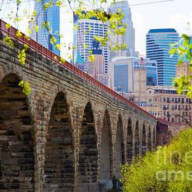 Wayne Moran - Minneapolis Stone Arch Bridge Photography Seiminar