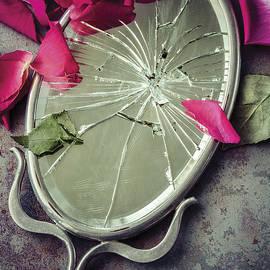 Mirror, Mirror... - Amy Weiss