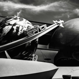 Eduard Moldoveanu - Mission Space black and white