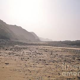 Richard Brookes - Misty Cliffs