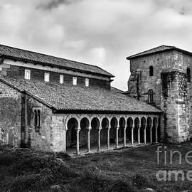 RicardMN Photography - Monastery of San Miguel de Escalada BW