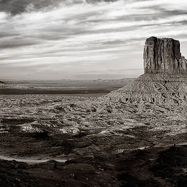 Monument Valley - Andrew Soundarajan