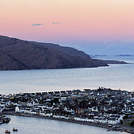 Grant Glendinning - Moonset Sunrise over Ullapool