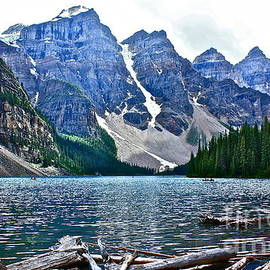 Linda Bianic - Moraine Lake in Color