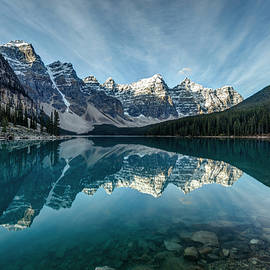 Pierre Leclerc Photography - Moraine Lake Reflection