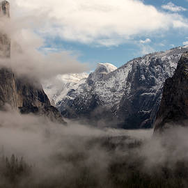 Troy Montemayor - Morning Fog Yosemite National Park