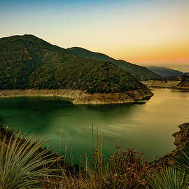 Joseph Hollingsworth - Morris Reservoir at Sunrise