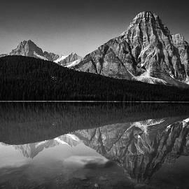 Eduardo Tavares - Mount Chephren Reflection
