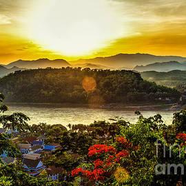 Rene Triay Photography - Mount Phousi Luang Prabang Cambodia