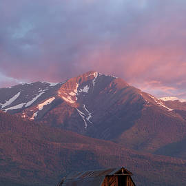 Aaron Spong - Mountain Barn