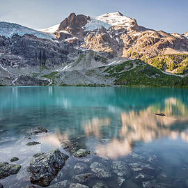 Pierre Leclerc Photography - Mountain Lake Reflection