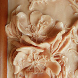 Dawn Senior-Trask - Mountain Meadow original clay - primrose detail