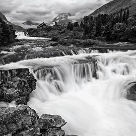 Mark Kiver - Mountain Paradise in Black and White