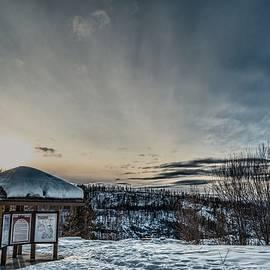 Eoin Carey - Mountain Sunset