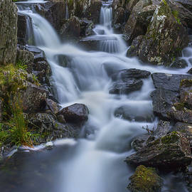 Ian Mitchell - Mountain Waterfall