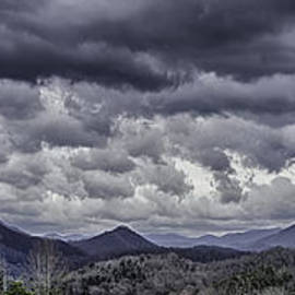 Walt Foegelle - Mountains and Clouds in Western North Carolina 3