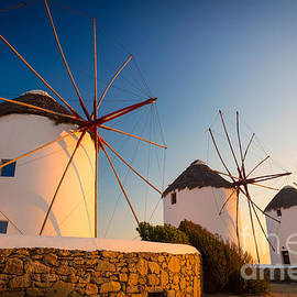 Inge Johnsson - Mykonos Windmills